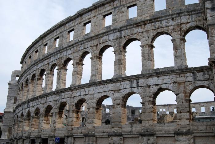 the-coliseum-1658372_960_720